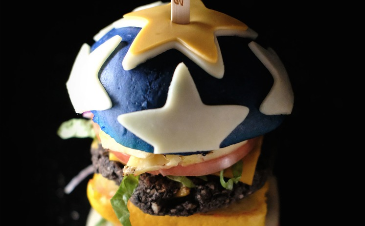 WonderWomanBurger